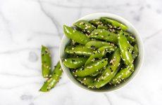 bowl of seasoned snap peas